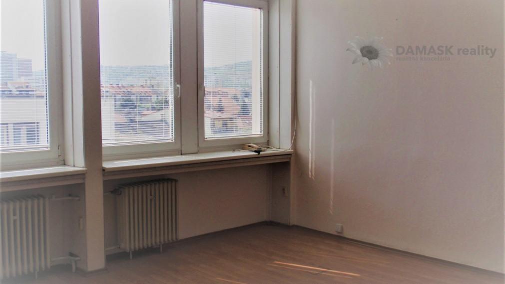 Prenájom - kancelárske priestory o výmere 13 m2 - 53 m2 blízkosti OC VIVO